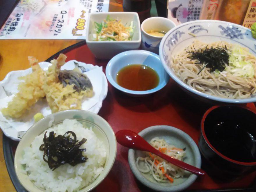 天ぷらとお蕎麦のセット