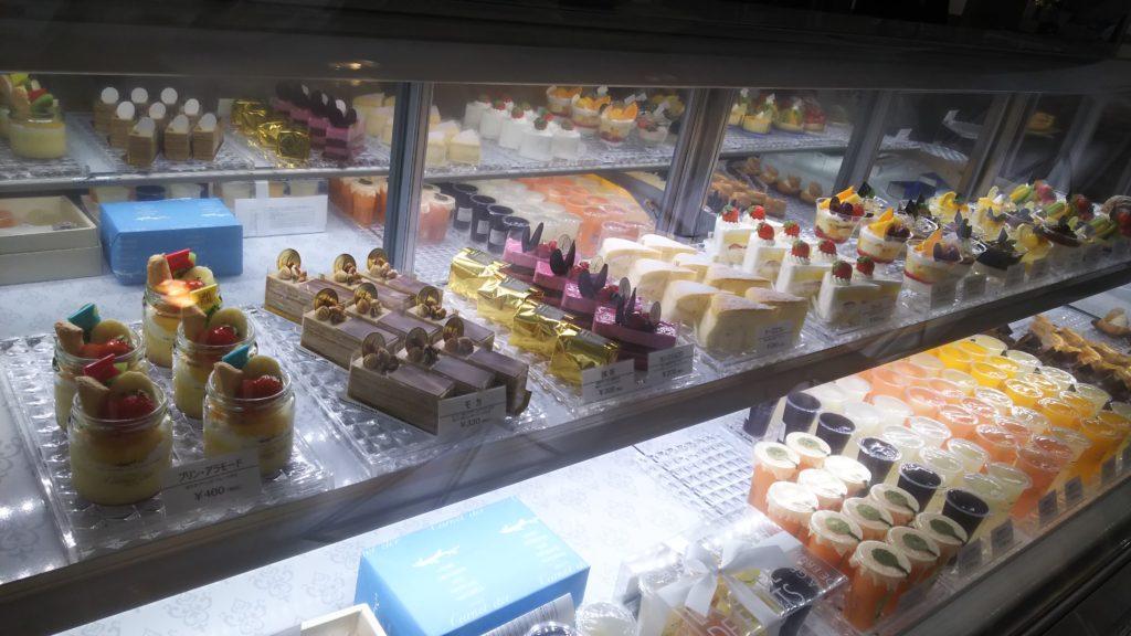 ケーキ各種(許可を得て撮影しています!)