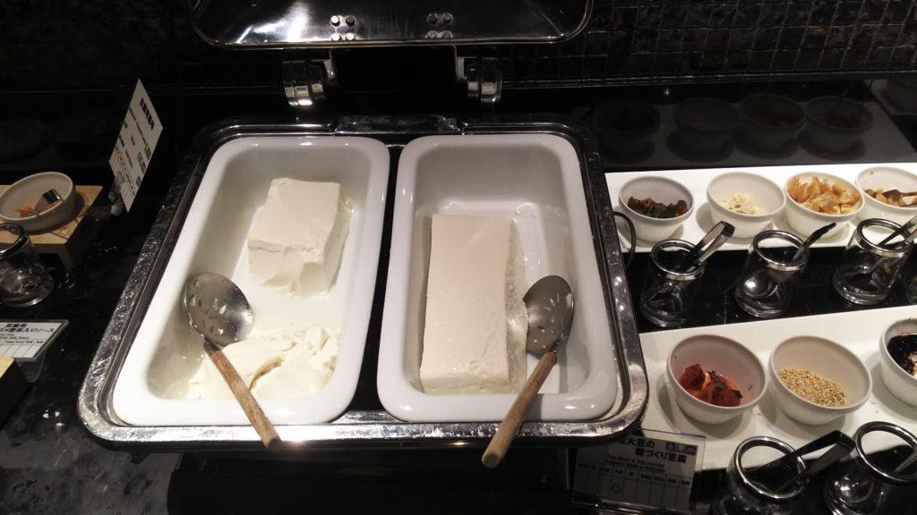 朝づくり豆腐